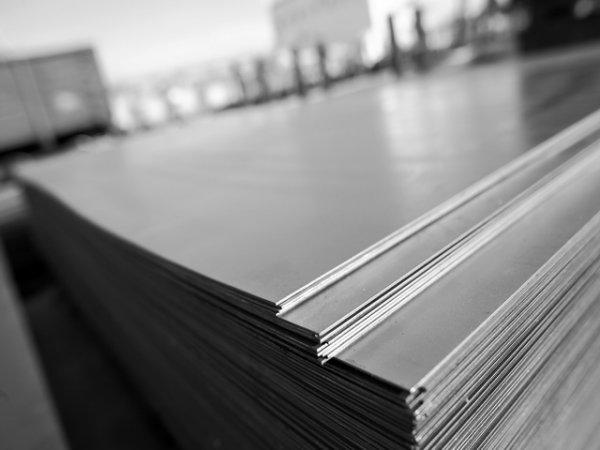 Почему стоит купить стальной лист в компании КТ-Сталь
